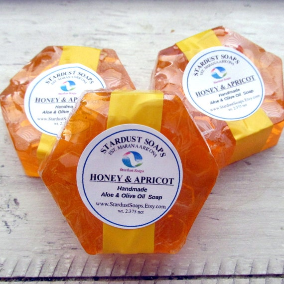 Honey and Apricot Handmade Aloe and Olive Oil soap (aromatic, self care, savon, soothes skin, nice lather, gift soap face and body bar