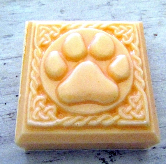 Dog Argan Oil Sandalwood Shampoo Bar (Handmade, Natural, Moisturizing, cleansing, Nice lather, gift soap, Christmas gift
