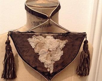 4dcfd918376b5 Pouch beaded purse Bourse perles brodées petit sac parisien noir 1880   1920  Miroir boudoir pompons minaudière french vintage mirror