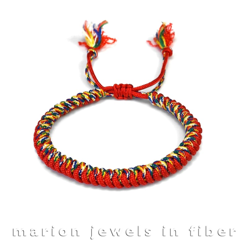 Tibetan Snake Knot Bracelet Tutorial - Tibetan Knot Bracelet Easy and Fast  Way - Knotted Cord Bracelet - Simple Cord Bracelet DIY Manual