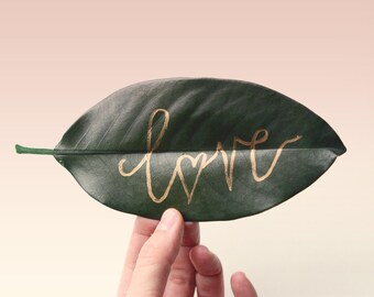 Preserved magnolia leaves - 30+ leaves, Gold Pen add-on optional, natural wedding decor, DIY place cards, table numbers, leaf place cards