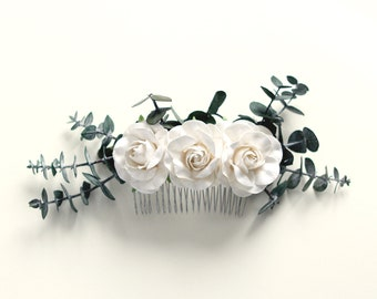 Eucalyptus hair comb, Natural leaves, Greenery flower comb, Unique bridal hair, Boho bridal, Dried eucalyptus, White flower bridal comb