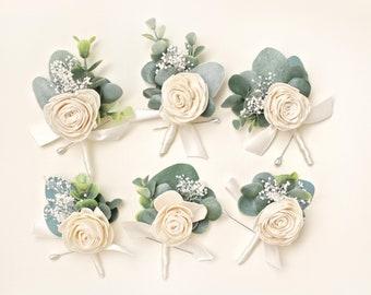 Sola eucalyptus boutonniere (1) Wedding boutonniere greenery, groomsmen flower, Woodland boho boutonniere, Farmhouse, Greenery leaf