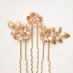 Gold flower bridal hair pins, Gold rhinestone bridal hair small, Minimalist bridal, golden flower clips, long hair stick base, flower leaf