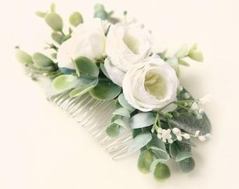 Eucalyptus hair comb, Boho bridal hair, Bridal headpiece, Flower and leaves, Greenery hair comb, Bridal eucalyptus hair, White bridal clip