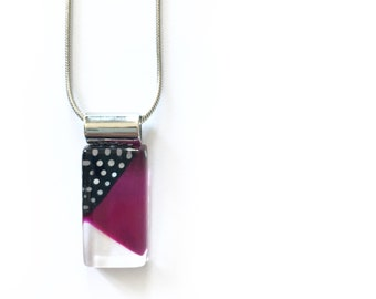 Fuchsia necklace | black and white polka dots | minimalist | on stainless steel chain | handpainted glass by azurine