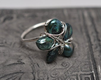 Green petal freshwater pearl flower blossom wirework ring in sterling silver