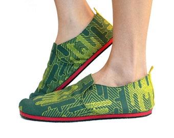 Sz. 10 Lt Forest Pea Green Cactus Canvas/Rubber Lightweight Slip On Shoe