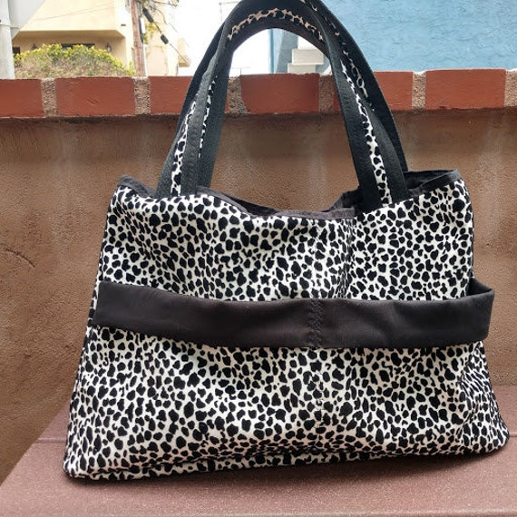 Handbag Faux Leather Black and White