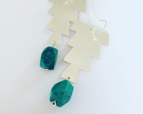 Hammered Sterling Silver Earrings Morrocan Inspired Emerald Green Large lightweight Festival Gypsy Folk Art Bead Earrings Statement Unusual