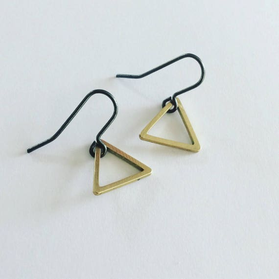 Gold Raw Brass Triangle Earrings on Black Ear Wires Geometric Modern Simple Minimal Minimalist Stylish Delicate Strong Feminine Gift Power