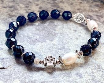 Elastic rosary bracelet, Miraculous medal, 8mm blue aventurine and cultured pearls, rosary beads, for women, bracelet, Rosenkranz-Atelier