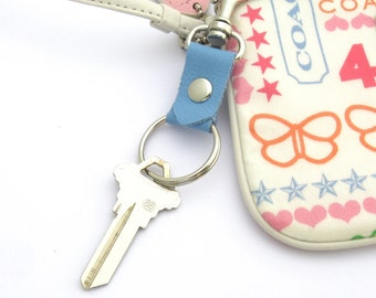 Blue Summer Keychain, Clip on Key Ring, Gift for Her, Gift for New Driver, Graduation Gift,  Blue Leather Key Fob, Ready to Ship Keychain