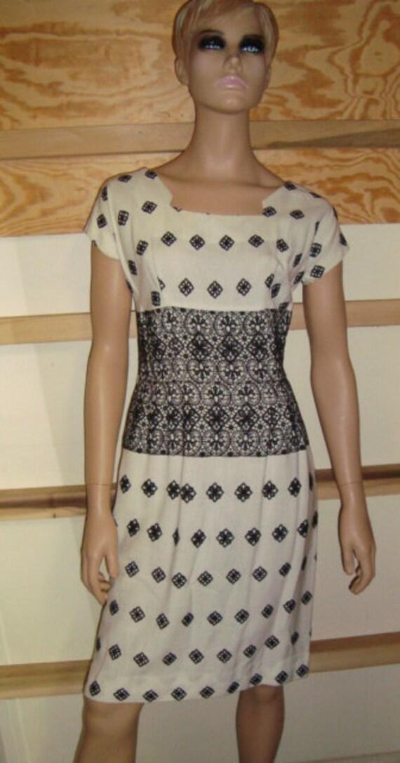 50's Black & White Embroidered Dress