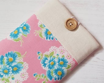 Pink and Blue Flower Doily Lecien Retro 1930's Repro Fabric Kindle Sleeve, Kindle Cover, Kindle Case