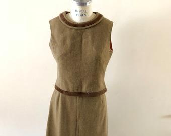 Tan Wool Dress 2 piece  Vintage 1960s sz M