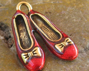 Dorthy Wizard of oz Slippers Shoes Ballerina Slipper Charms Finding Antique Gold and Red 995 - 6 Pieces