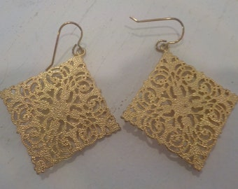 18K Gold-Plated Diamond Shape Filigree Earrings