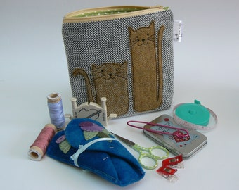 Tweedy Ginger KItties applique zipped pouch, notions pouch, make up bag