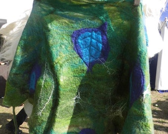Handfelted wrap with stitched leaves