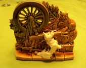 Vintage Spinning Wheel Scotty Dog and Cat Gold Green Glaze