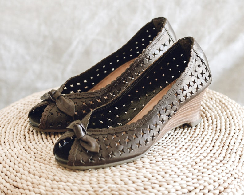 Vintage Brown Leather Peep Toe Wedges/Women's Size image 0