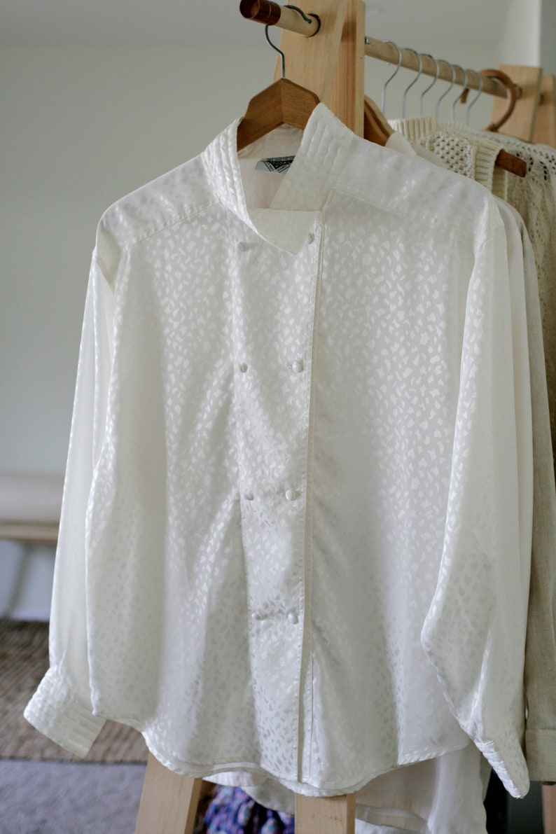 Vintage 80/'s White Satin Confetti Button Up Tunic Blouse with Quilted High CollarMinimalistOversizedMade in England