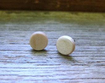 Maple stud earrings - Wood earrings - Wood stud earrings - Womens earrings - Mens earrings - 7 mm studs - 8 mm studs - 9 mm studs