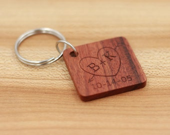 Personalized Rosewood Keychain- Custom Wood Key Chain - Wedding Party Gift - Groomsman Gift - Bridesmaid Gift - Fathers Day - Anniversary
