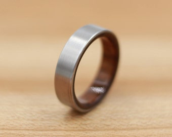 Titanium Ring Lined with Shedua- Wedding Band - Unique Wedding Ring - Titanium Wedding Band