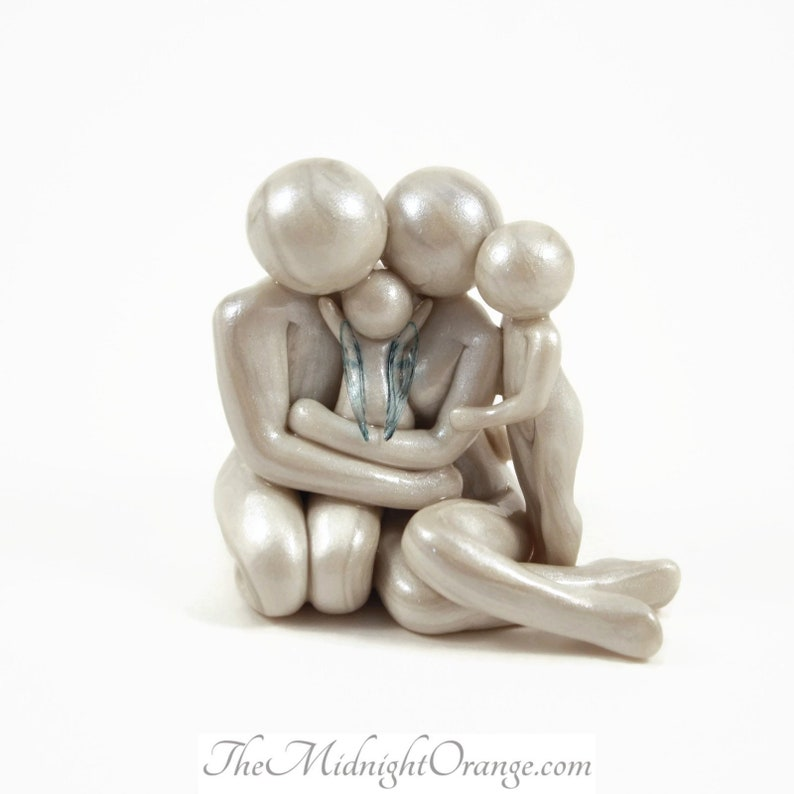 Family of 4 Sculpture  gift for pregnancy and infant loss  image 0