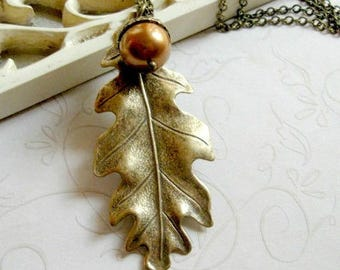 Leaf necklace, nature jewelry, womens gift, acorn necklace, long chain, fall jewelry, oak leaf pendant