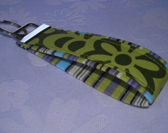 Wristlet Key Fobs - Oxford Stripe N Green Wallflower -