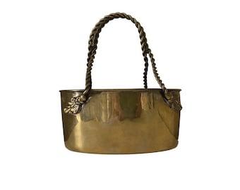 Vintage solid brass basket Mottahedeh India