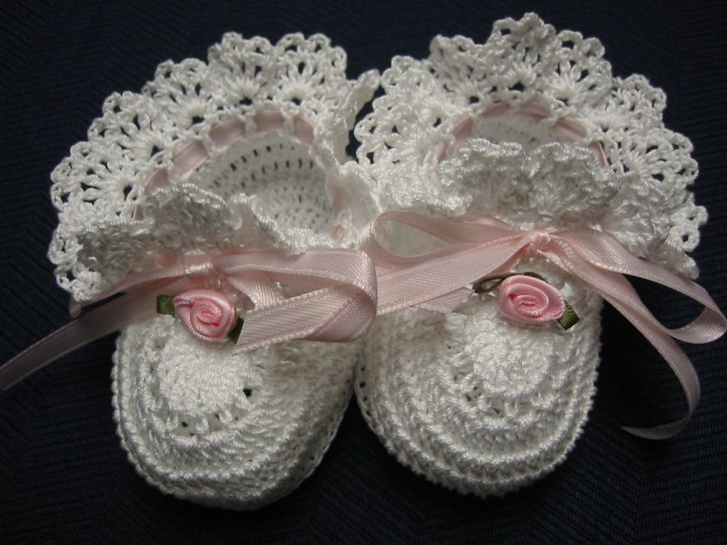 11da9f7f2bda8 Christening Baby Shoes Christening Baby Booties Crochet Pink Roses Newborn  Girl Baby Girl Booties Reborn Doll Baptism Baby Shower Gift