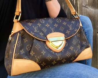 46258a2681f5 LOUIS VUITTON Monogram Beverly MM Handbag