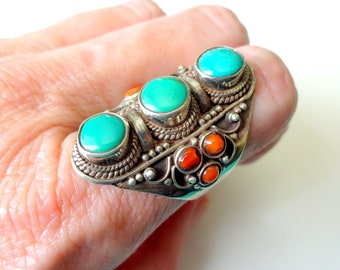 One Stunning Vintage look Tibetan silver plated adjustable ring 3 semi-precious stones Tiger EyeHowlite turquoiseAmethyst Boho ring