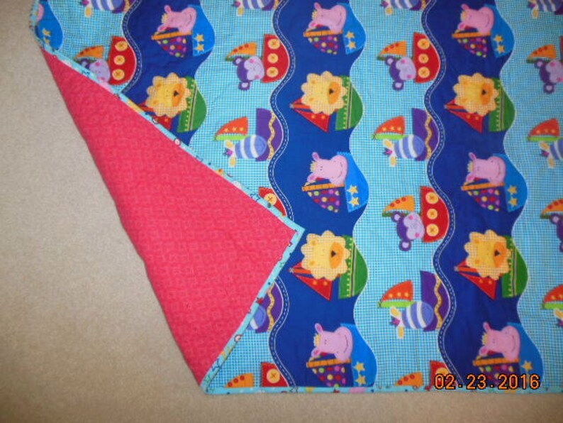Bright Animals Toddler Baby Quilt