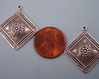 4 silver ox heraldic art nouveau dapped diagonal charms 27mm