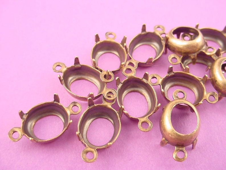 Qty 24 Brass 6mm Diamond Shape Prong Settings 1 Loop Open Back Charms//Pendants