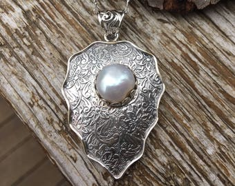 Etched Sterling Silver Pearl Pendant
