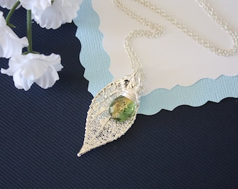 Personalized/Leaf/Gemsto