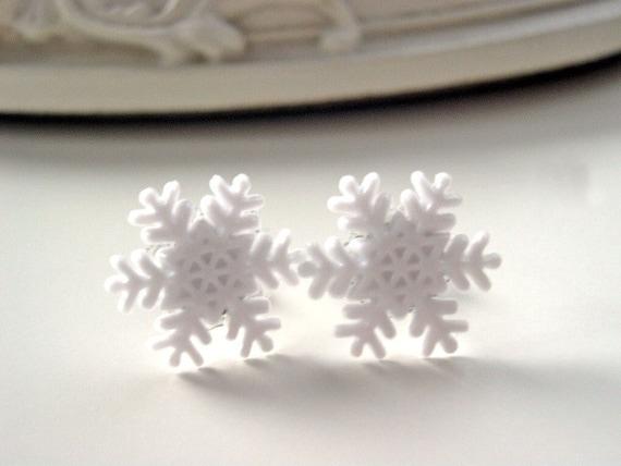 Christmas snowflake earrings white snow winter