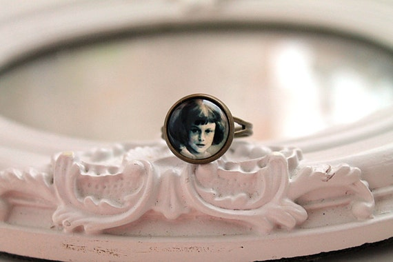 Real Alice in Wonderland ring  feminine victorian photo Lewis Carroll sepia black and white small