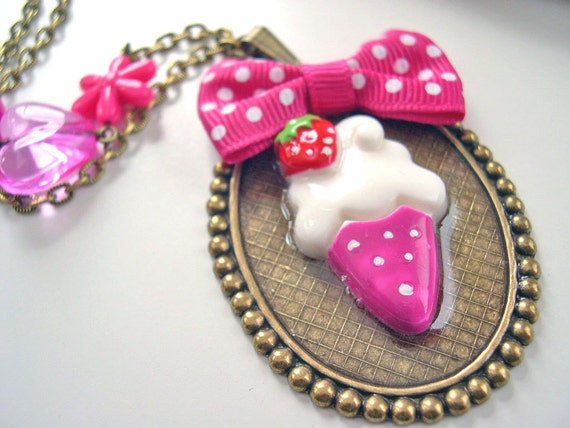 SALE Ice cream cone with bow Kawaii Necklace pink Gothic Lolita choker