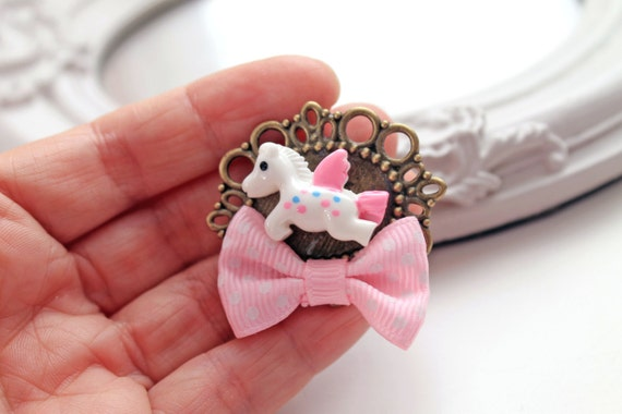 Pegasus Brooch Kawaii flying horse fairy kei