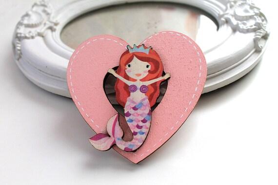 Little mermaid  wooden brooch kawaii sweet lolita egl pink heart