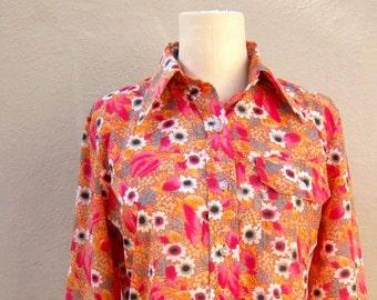 70s WILD floral wind shirt / nylon SPRING SKI windbreaker / daisies orange floral button-up long sleeve bold hippie, womens medium small