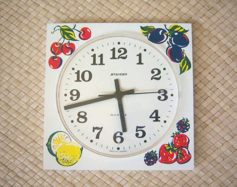 Wondrous 50S 60S Kitchen Clock Kitsch Fruit Clock West Germany Steiger Plastic Battery Operated Novelty Clock Works Home Interior And Landscaping Synyenasavecom