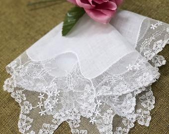 Vintage White Lace Bridal Hanky - Hankie Handkerchief Bridal Wedding Mother Party Bridesmaid Gift
